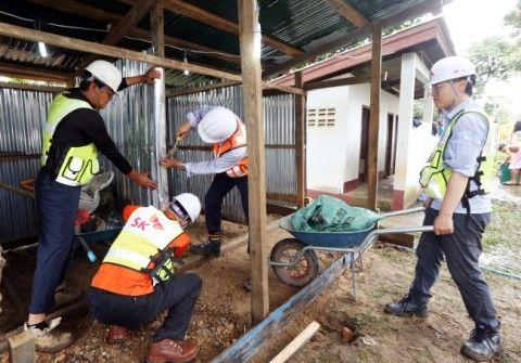 バ韓国SK建設がラオスに作った避難所