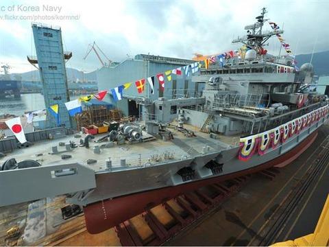 とても立派なバ韓国海軍の漁船