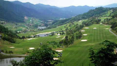 バ韓国でのゴルフは甚大な生命の危機を招きます