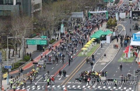 バ韓国・ソウルに自転車専用レーンが登場