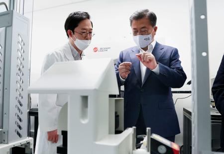 バ韓国に支援を求めるのは未開の国だけ