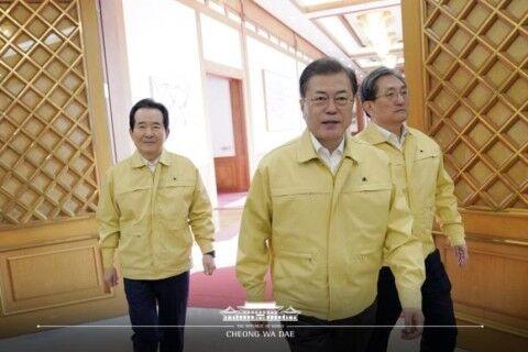 武漢肺炎騒動で一番得をするのはバ韓国の文大統領?