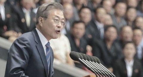 バ韓国を崩壊に導く文大統領サマwww