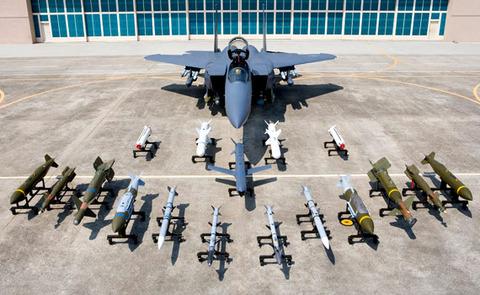 バ韓国軍に戦闘機の整備なんて高度な真似はできません