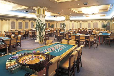 済州島のカジノで中国人の客を強奪するバ韓国