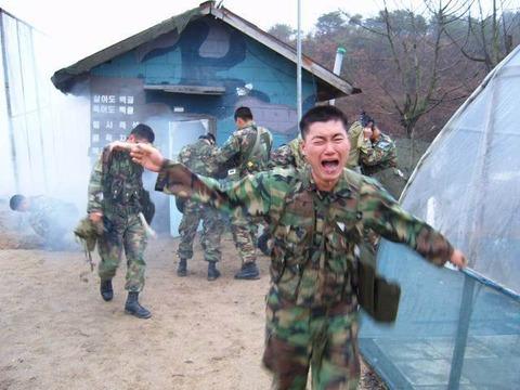 韓国軍にはキチガイしか存在していません