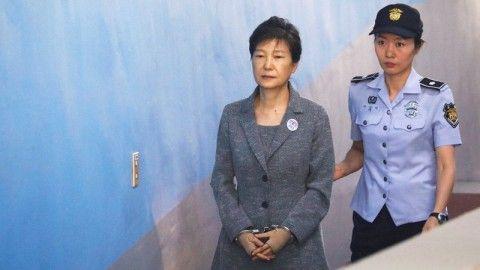 2審判決が下されたバ韓国前大統領のパククネ婆
