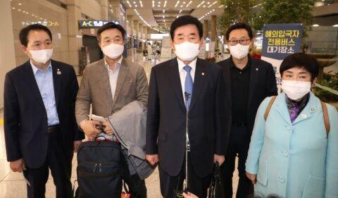 日本に擦り寄ろうと必死なバ韓国塵ども