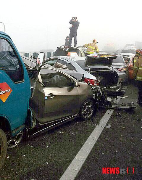 仁川で発生した玉突き事故