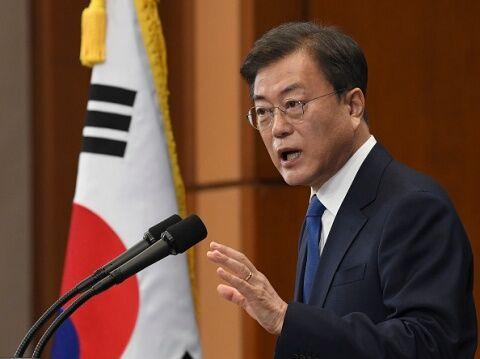 バ韓国・文大統領が医療関係者を攻撃