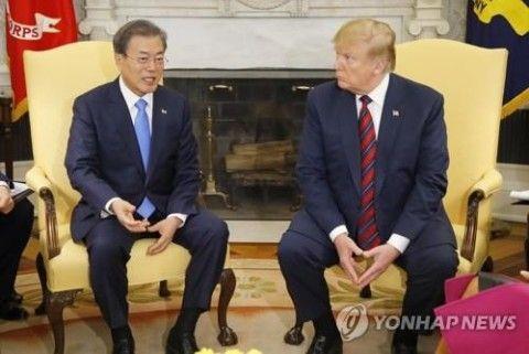 北朝鮮の手先に徹するバ韓国の文大統領