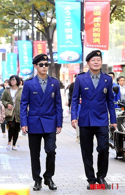 街を練り歩くガラの悪い観光警察