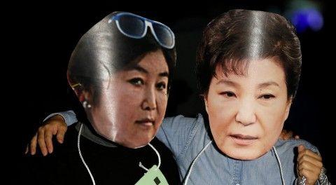 バ韓国崩壊を加速させてくれた2匹