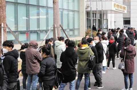 バ韓国から逃げ出す違法滞在の外国人たち