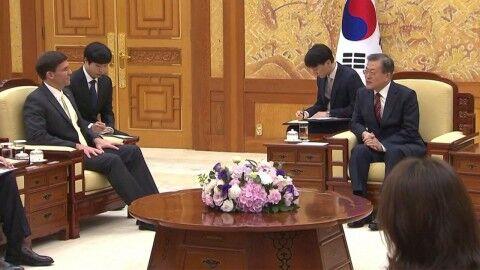 ついに手首を切ったバ韓国の文大統領