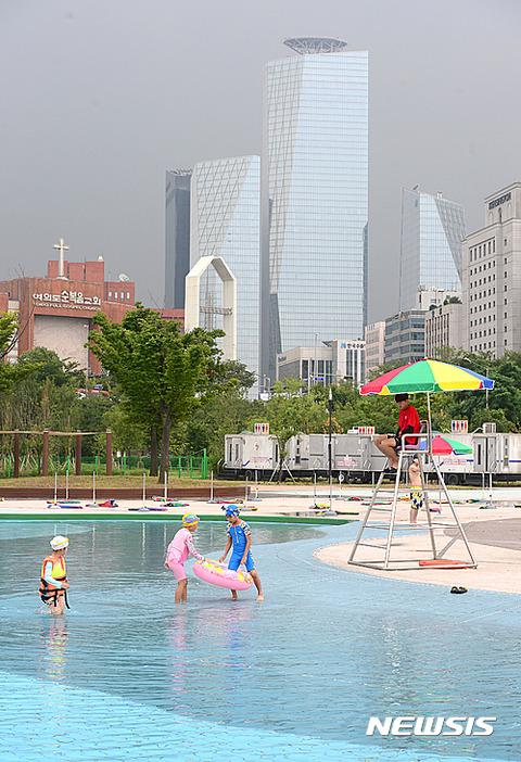 大気汚染著しいバ韓国で汚染水プールとかwww