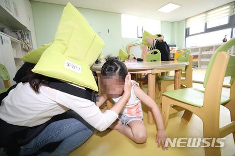 有事の際は生徒を放置して逃げ出すのがバ韓国塵