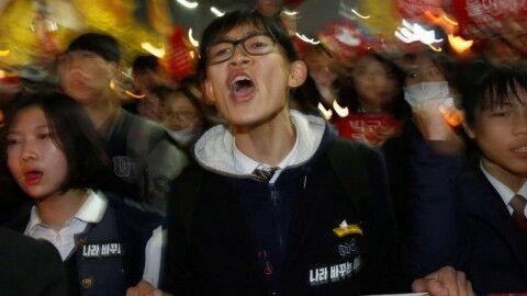 バ韓国のキチガイが同族を殺しまくればOK