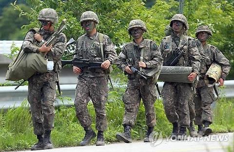 たった一匹のキチガイ捜索のため大勢の屑を投入するバ韓国軍