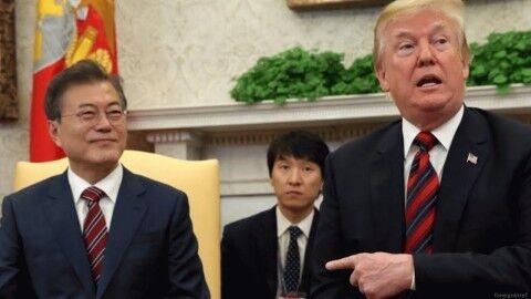 誰かこのバ韓国大統領を連れ出せ