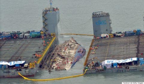 引き揚げまで3年も要したバ韓国のセウォル号