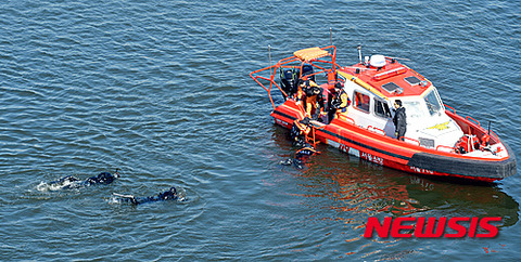 溺死死体の掃除訓練wwww