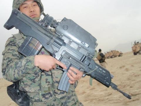 磁石を近づけただけで自爆するバ韓国産の小銃K11