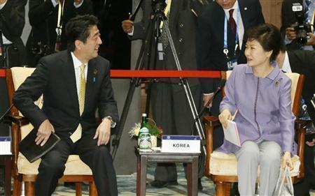 日本にすり寄ろうと必死のバ韓国www