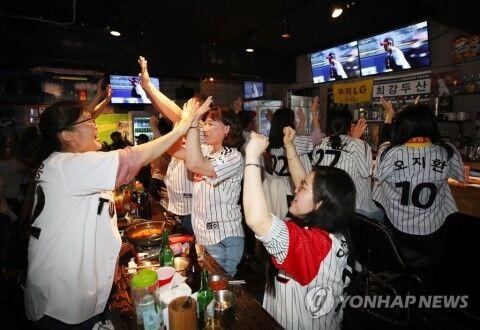 プロ野球の開幕に湧くバ韓国塵ども
