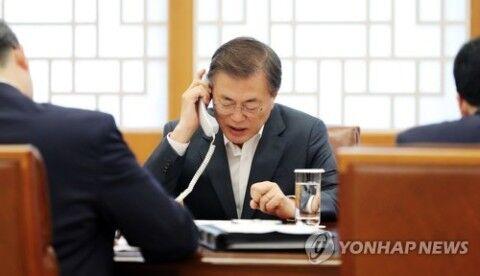 コロナ騒動で窮地を救われたバ韓国のキチガイ大統領