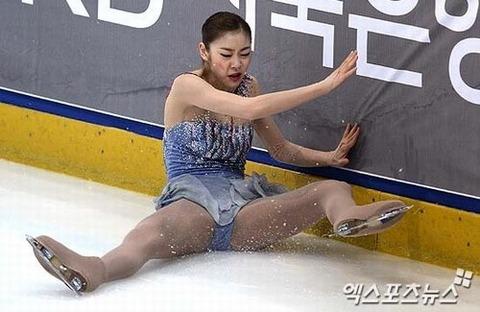 こんな醜いメスのダンスに価値はありません