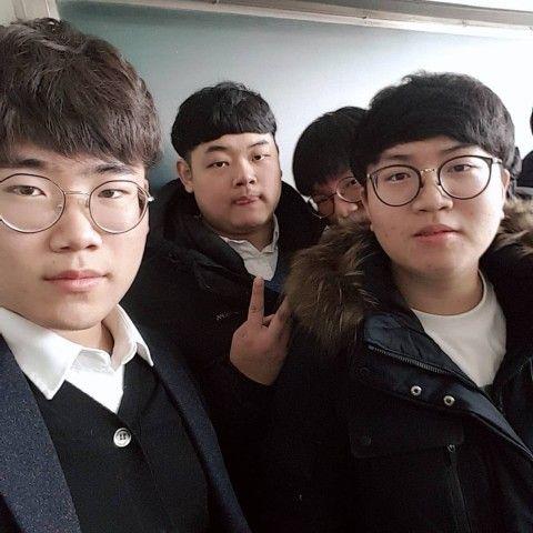 顔の醜さ世界ダントツ1位のバ韓国塵ども