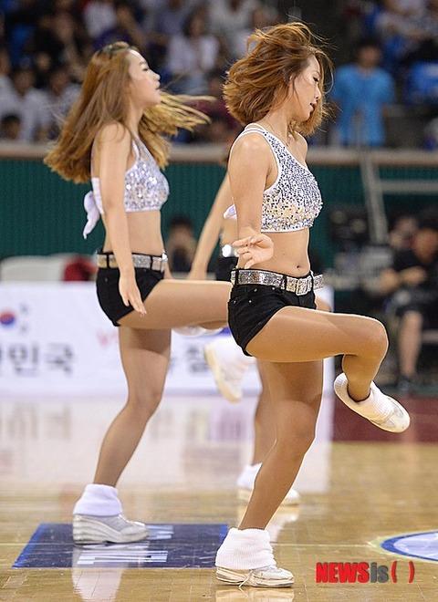 韓国塵のメスに欲情するのは精神異常者だけです