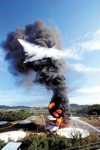 バ韓国の発油貯蔵所で火災発生