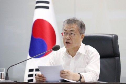 地下壕から檄を飛ばすバ韓国・文大統領