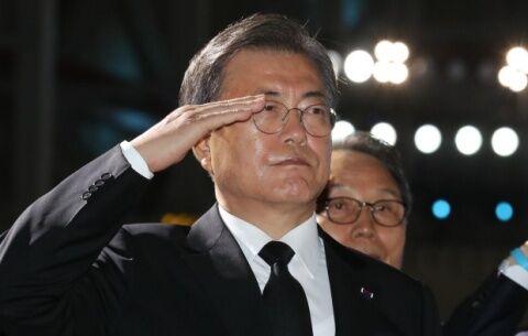 日本を攻撃するしか能のないバ韓国の文在寅