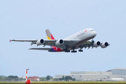 またもやアシアナ航空機が緊急着陸