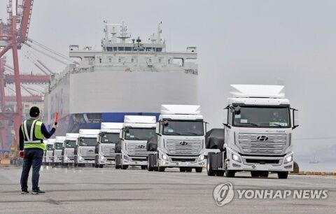 バ韓国の燃料電池トラックがスイスに輸出