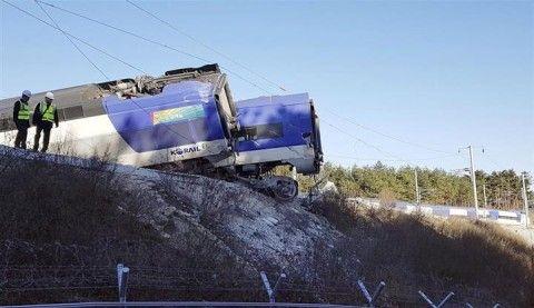 バ韓国のKTX脱線事故
