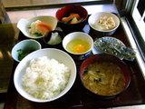 朝食 550円