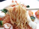 トマトのシャーベットヌードル 麺のアップ