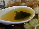 チャーシューワンタンメン スープのアップ