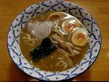 醤油らーめん 680円 + 味玉