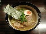豚骨ラーメン 750円