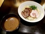 味噌つけ麺 700円 + 厚切り炙りチャーシュー 150円