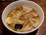 復刻版ワンタン麺 950円