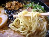 にぼ味噌らーめん 麺のアップ