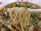 麻婆味噌 麺のアップ