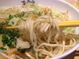 野菜そば 麺のアップ