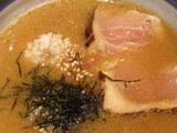 「蟹味噌つけ麺〜北海仕立て」  鮪酒盗飯投入